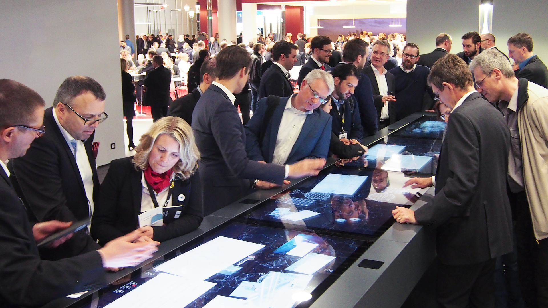 trilux unity trade fair application multitouch table with several users